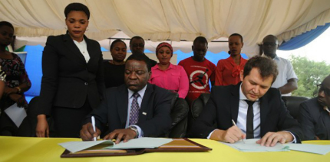 Tigo and the Tanzanian government sign partnership
