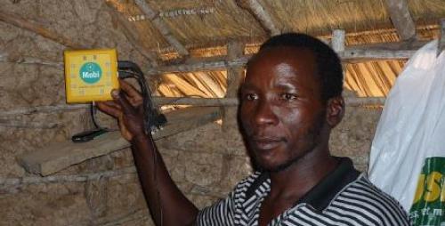 Samuel Kapelekesho with his Mobi unit