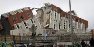 2010 Chile earthquake - Building destroyed in Concepción
